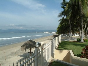 Nuevo Vallarta Beach with Grassy Yard